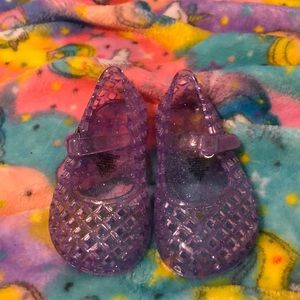 Old navy girl size 5 jelly sandals never worn